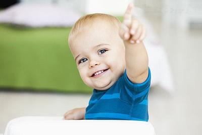 [常用男宝宝英文名含义是什么意思]常用男宝宝英文名含义是什么