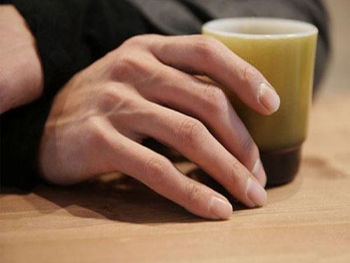 手相左右手都代表什么_什么手相是好男人  好男人手相特征