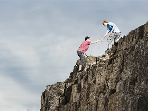 【梦见掉牙齿是什么意思 周公解梦】周公解梦:梦见爬山是什么意思?
