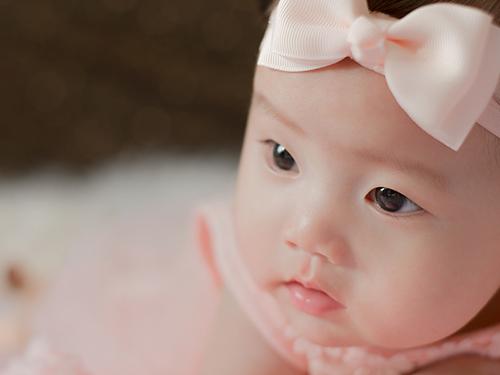 出生于酉时的女宝宝名字大全