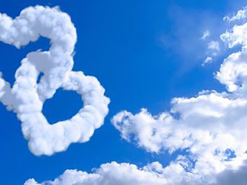 【梦见白云环绕怎么样】梦见白云环绕怎么回事